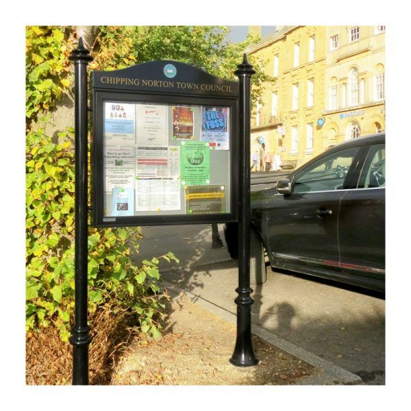 AX8 powder-coated aluminium noticeboard on decorative posts for Chipping Norton Town Council