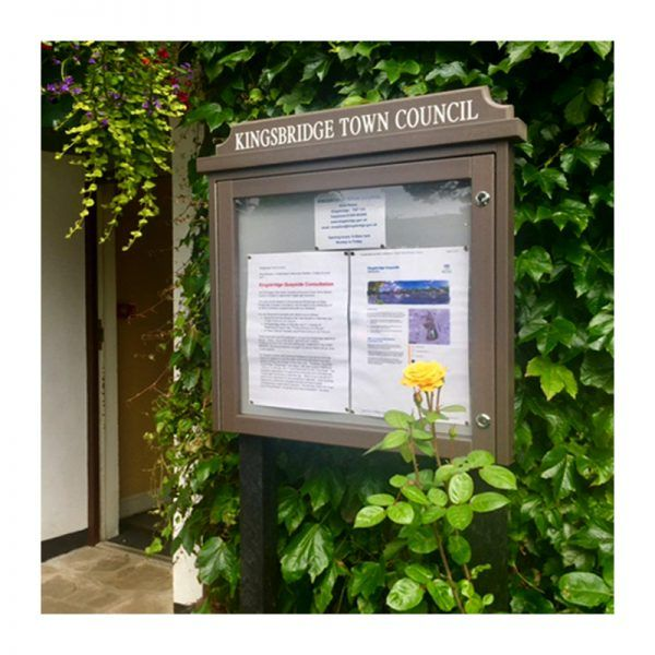 6 x A4 Man-made Timber noticeboard, post-mounted, Kingsbridge Town Council