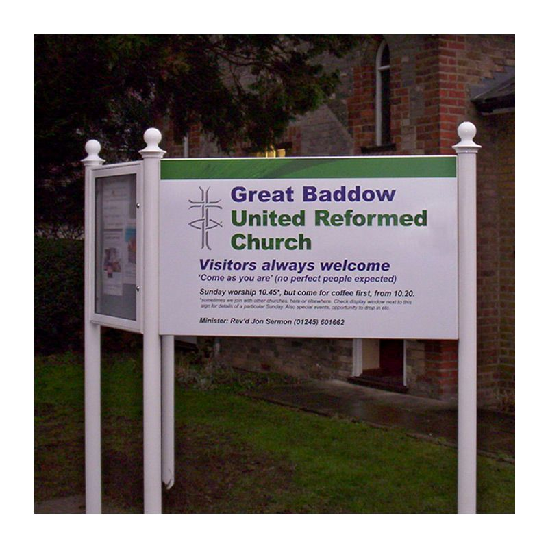 Sign and noticeboard combination with decorartive finials. Digital print on powder-coated aluminium. Great Baddow United Reformed Church